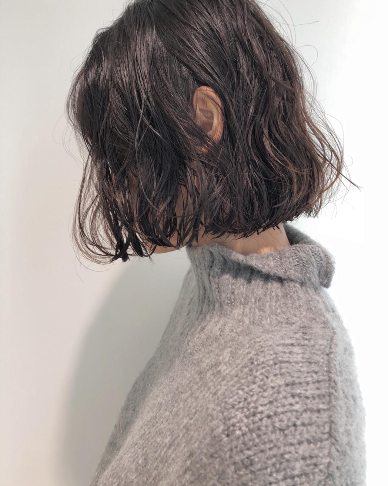 ヘアスタイル ミディアムボブ 黒髪
