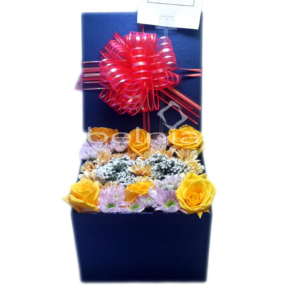 Belnia Shop Line Biji Bubuk Kopi Betina Koffie Warung Tinggi Premium Blended Coffee 100 Gram Buket Bunga Kotak Flower Box Rose Mawar Ulang Tahun Wisuda Anniversary Tunangan