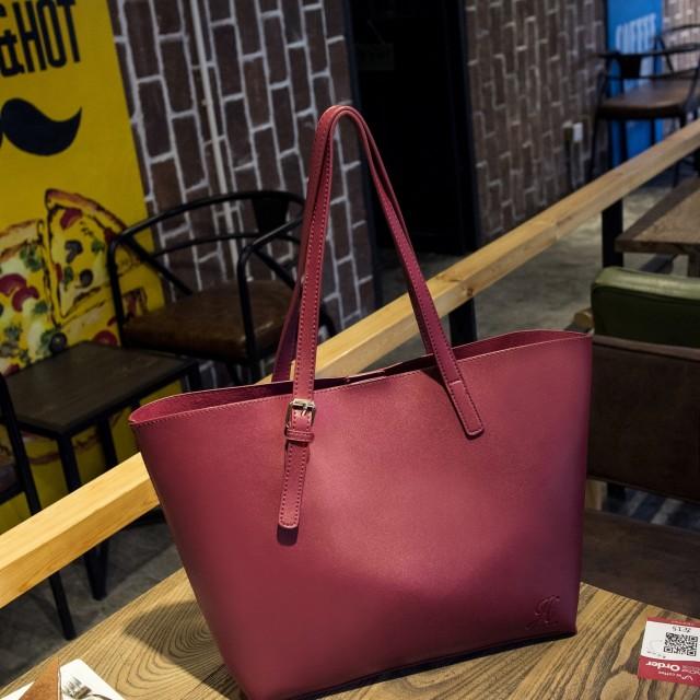 Tas Jims Honey Isabella Bag Red: Rp 165.000