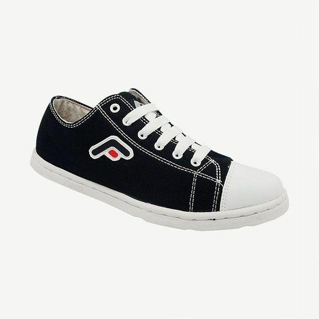 Fans Baza BW Kasual Sepatu Pria - Hitam Putih  Rp 180.000 e28fd8992a