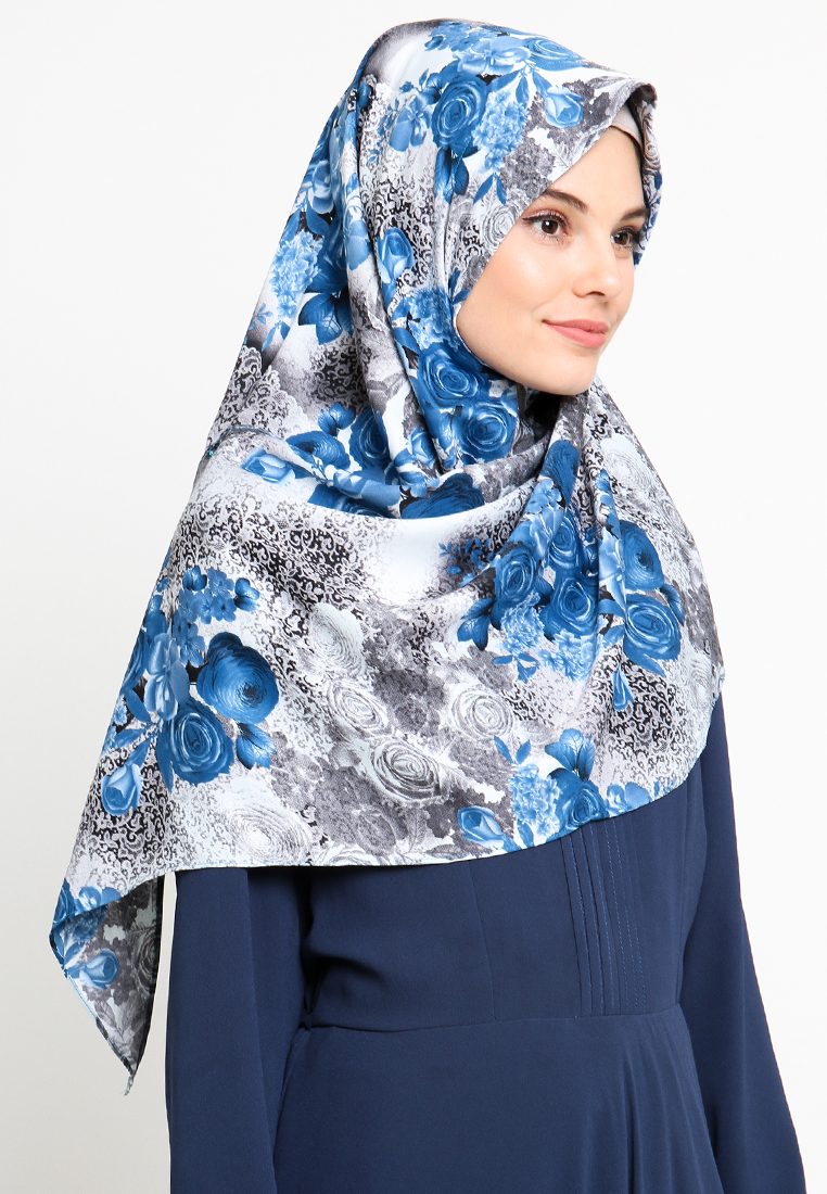 Diindri Hijab SHOP LINE Source · Hijab Instan Segi Empat Syar i Misha BlueFlowery