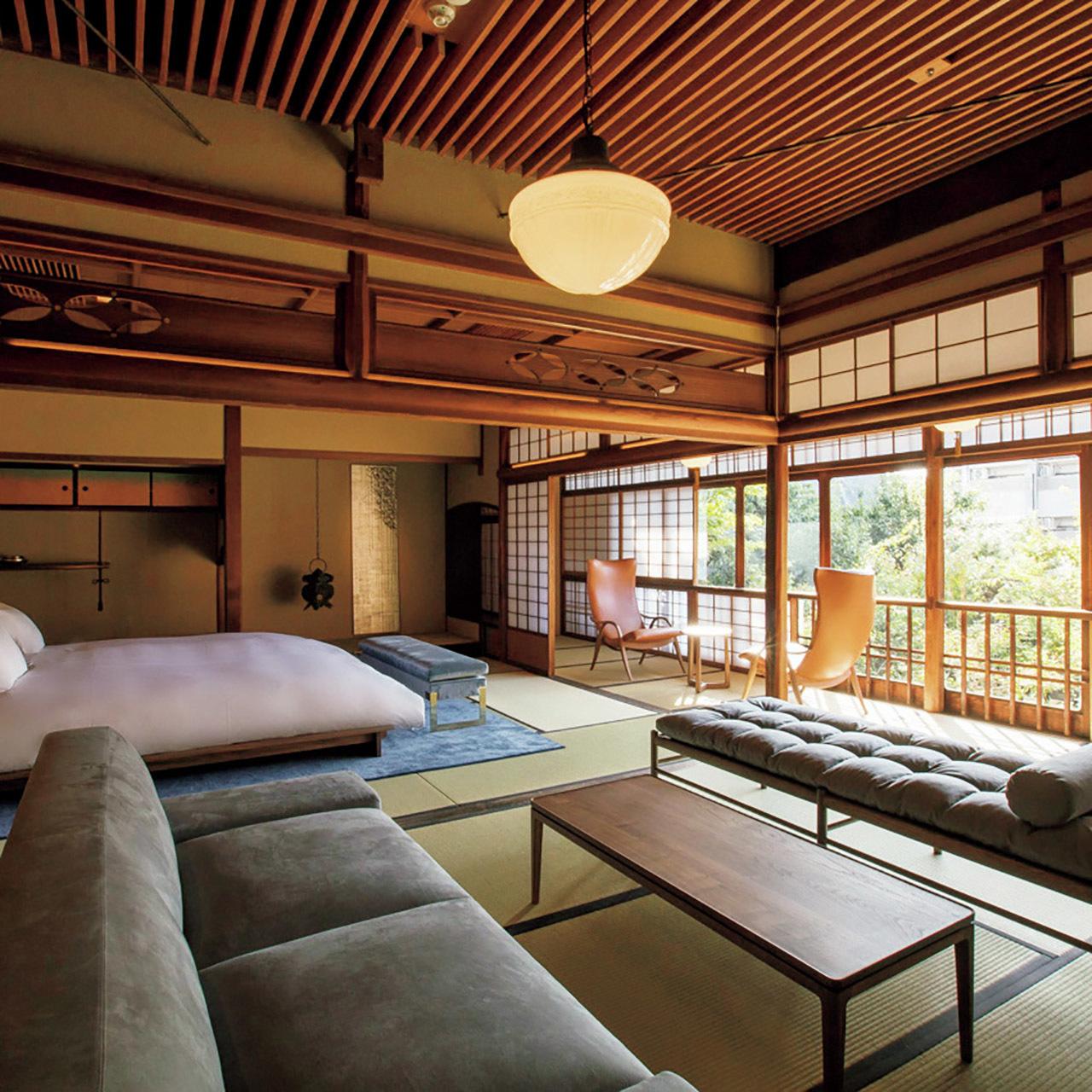 f64bad3d7498a 新館、本館ともに、京都の伝統的な町家の改修実績も豊富な建築家・魚谷繁礼氏が担当したことでも話題だ。レストランの料理を手がけるのは東京・西麻布の『ラ・  ...