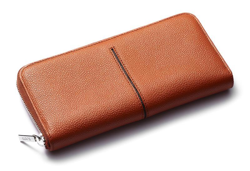 0e6b94f3ab31 財布ひとつでスーツがお洒落になるモテ色ウォレット6品 (LEON) - LINE ...