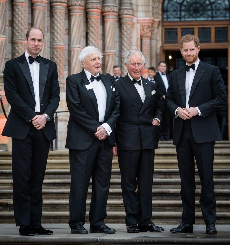 イギリス王室のチャールズ皇太子の人生を写真から振り返る