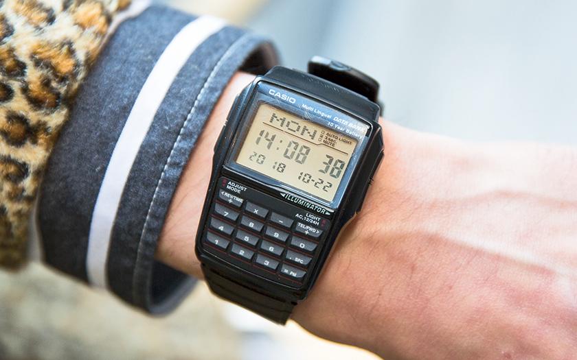 5ef42c754c 恩師にいただいた時計は、僕が好むオールブラックのデザイン。どんなスタイルにも着けられる万能っぷりにあっぱれです。(フリークス ストア渋谷  ショップスタッフ/ ...