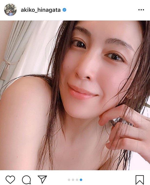 Instagram 雛形 あきこ 雛形あきこ、お風呂中にインスタを更新するファンサービス「袋とじの中身みたい」の声  