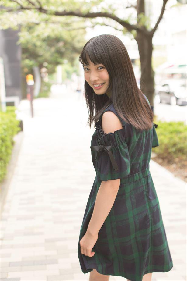 ウルトラマンR/B」で謎の美少女を好演中!京都出身の18歳、木下彩音はギャップがすごい!? (ザテレビジョン) - LINE NEWS