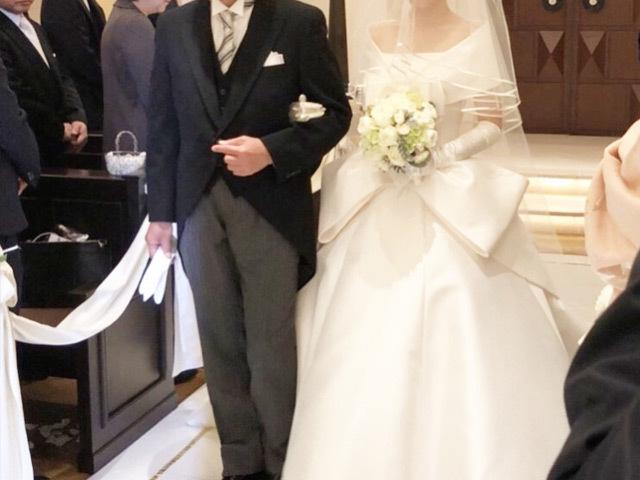 168859916bafb ウエディングドレスはエマリーエのオートクチュール