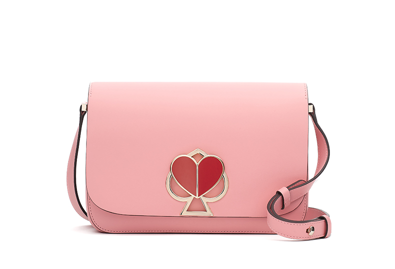 cfd1a290d9f8f △nicola twistlock medium flap shoulder in rococo pink ¥60,000(税抜)