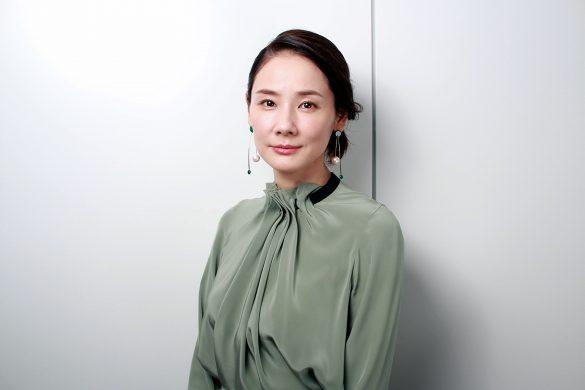 c417dfd49a2fa 原作者・歌川たいじさんの「お母さんへの愛情が、一番の参考になりました」と語る吉田さんに、作品について、またハードな役を演じることも多い日々のリラックス法など  ...