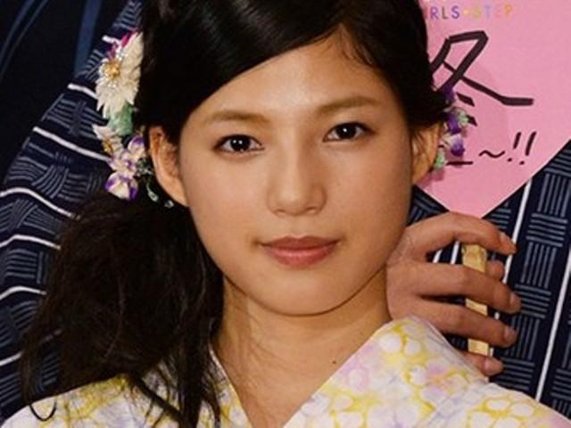髪のアクセサリーが素敵な石井杏奈さん