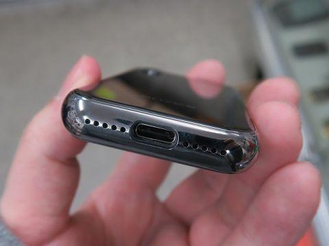 7f14cb61ec3b8 5Gスマホよりお買い得? MWC19で見つけた5Gモバイルルーター (アスキー)