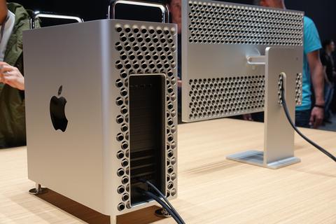 f912dec864 アップルは現地時間6月3日にアメリカ サンノゼで開催した年次開発者会議「WWDC19」で、タワー型の「Mac Pro」、超高性能ディスプレー「Pro  Display XDR」を発表した。