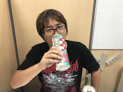 NY巨大飲料 ウマいがデカい (ア...