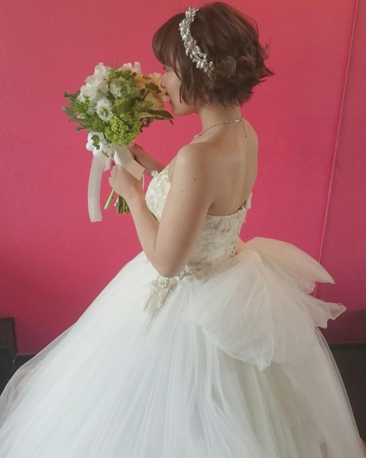 ショートヘア ウェディングドレスが似合う花嫁髪型アレンジまとめ