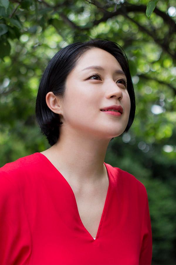 エッセイスト、タレント・犬山紙子さんが選ぶ「既婚女性と未婚女性の溝 ...